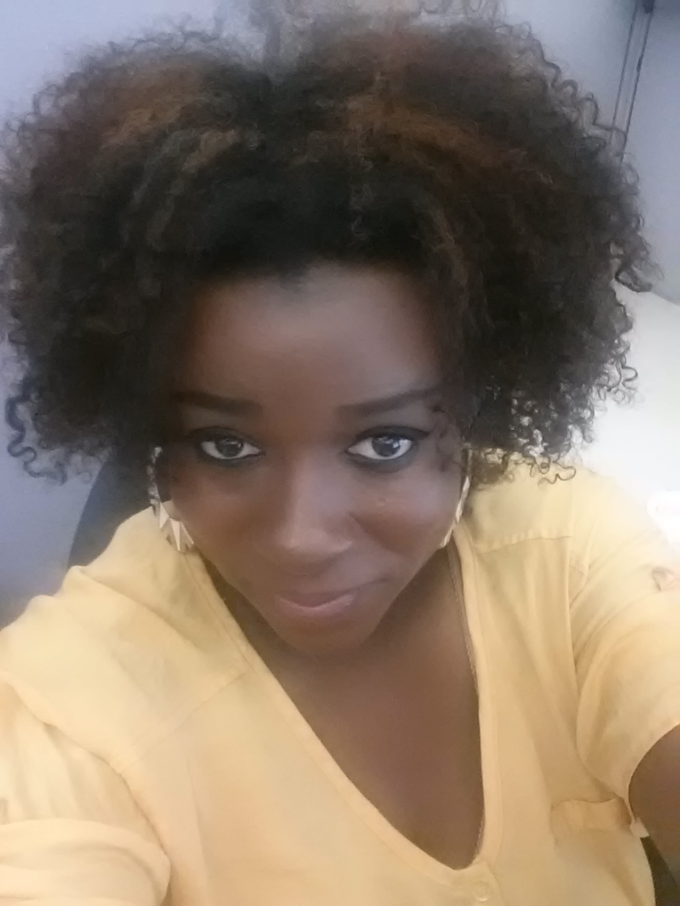 Product Review Softsheen Carson S Dark And Lovely Au